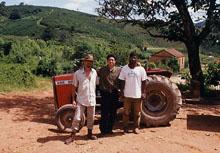 ジャカランダ農場にて