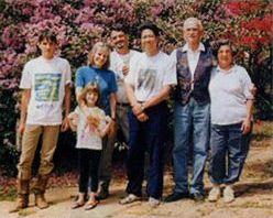 カルロスさんの家族の写真