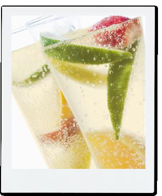 レシピ:フローズンフルーツ入り ハリナシミツバチ発酵はちみつソーダ