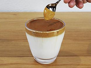 ダルゴナコーヒーレシピ3 完成した様子