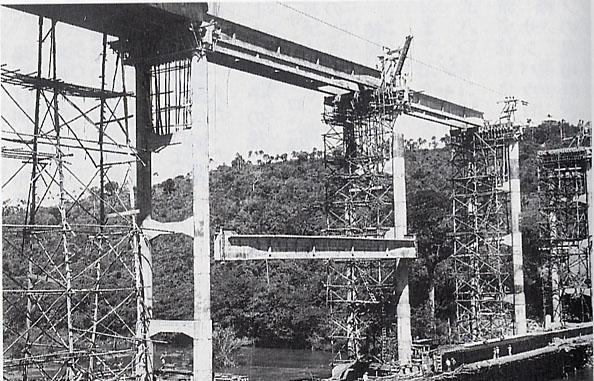 橋の建設.jpg