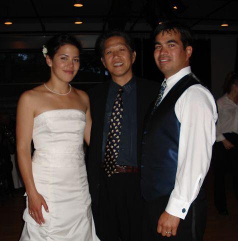 セヴァン結婚式、ジャドと中村(足カット)