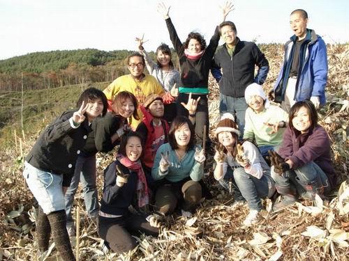 青森県六ヶ所村で植林